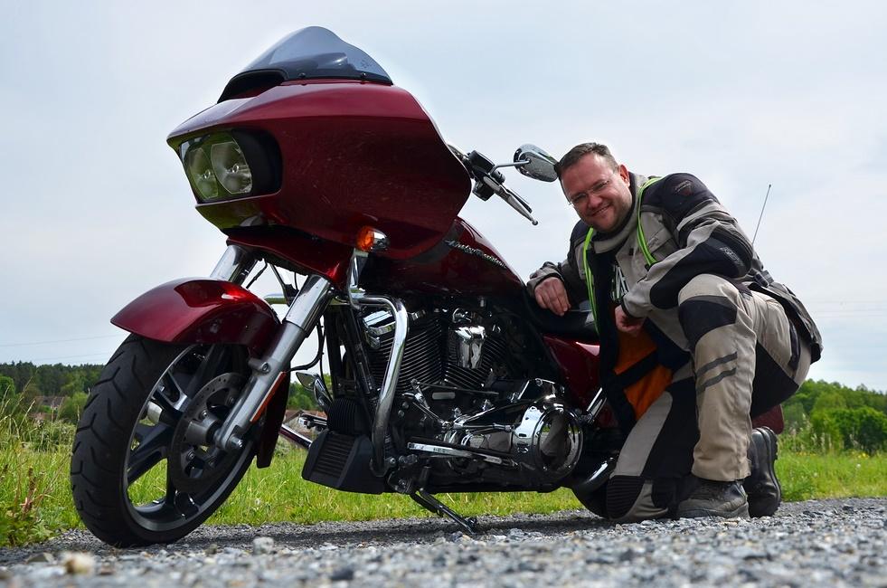 MOTOtrips - Harley-Davidson Road Glide 1750 MY2017
